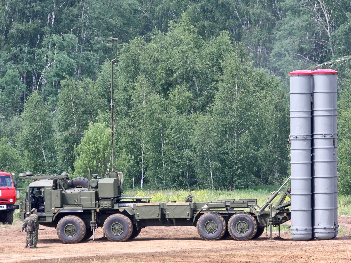 The S-400 missiles can hit aircraft above the entire Taiwan island. Photo: Vitaly V Kuzmin/Wikimedia