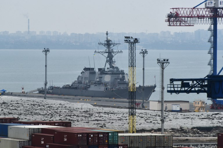 The Arleigh Burke-class guided-missile destroyer USS Carney (DDG 64) at the Port of Odessa. Photo: Stringer/Sputnik via AFP