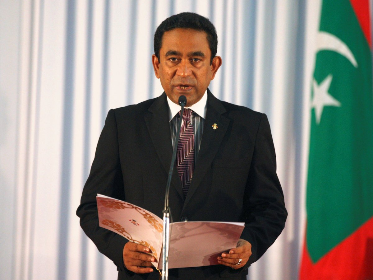 Abdulla Yameen takes his oath as president of Maldives during a swearing-in ceremony at the parliament in Malé on November 17, 2013. Reuters / Waheed Mohamed / File Photo