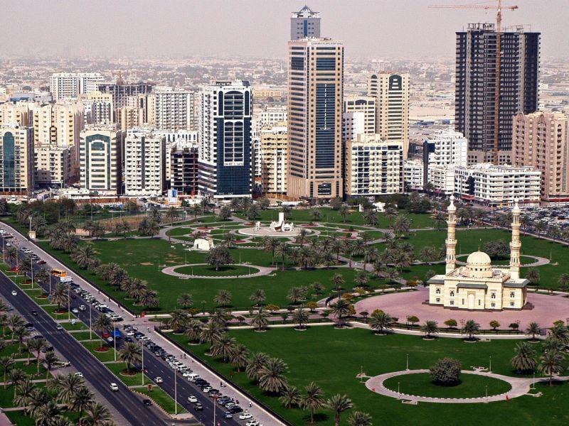 Abu Dhabi, capital of the United Arab Emirates. Photo: Wikimedia Commons, Basil Soufi