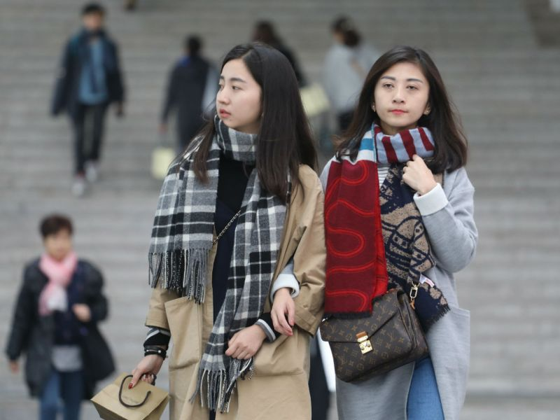 Don't put your warm clothes away yet, more cold is coming next week. Photo: HK Government