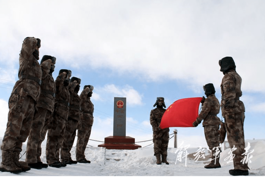 Many PLA soldiers are stationed along frigidly cold border areas. Photo: PLA Daily