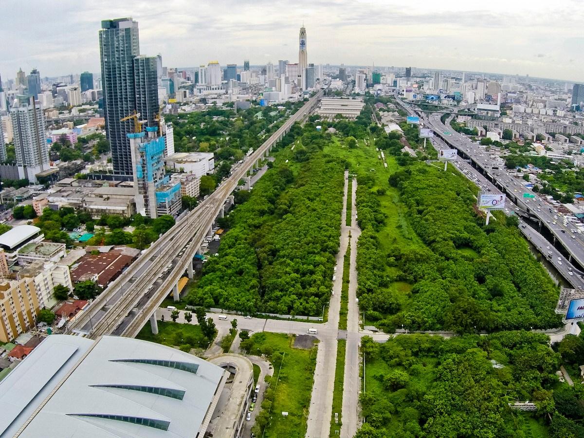 An aerial view of the State Railway of Thailand's undeveloped Makkasan plot in downtown Bangkok, Photo: Post  Today via AFP/Krit Promsaka na Sakolnakorn