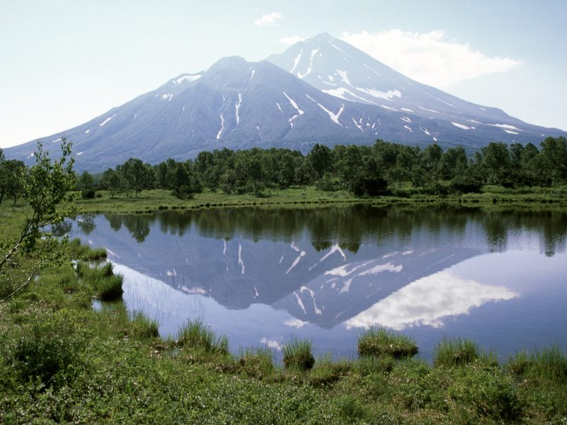The Kamchatka peninsula, home to the Khodutka volcano (pictured), is abundant in sources of freshwater. Photo: iStock / Getty
