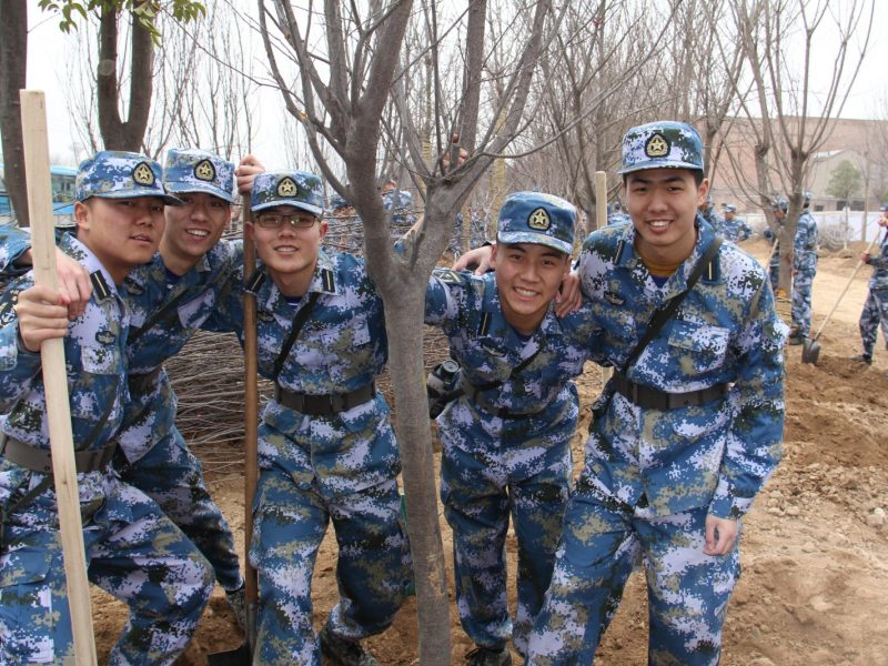 PLA troops plant trees in central China. Photo: PLA Daily