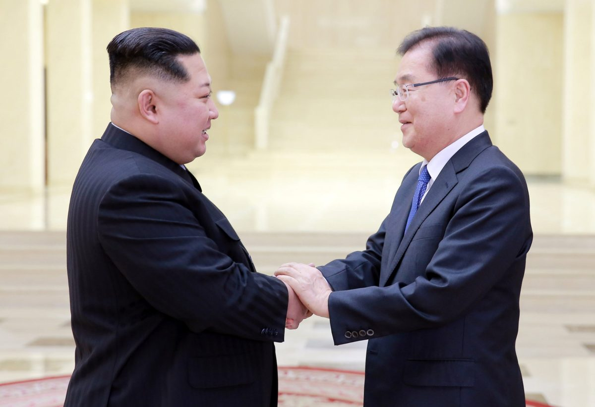 North Korean leader Kim Jong Un greets Chung Eui-yong, head of South Korea's presidential National Security Office, in Pyongyang, North Korea, on March 6, 2018. Photo:  The Presidential Blue House / Yonhap via Reuters