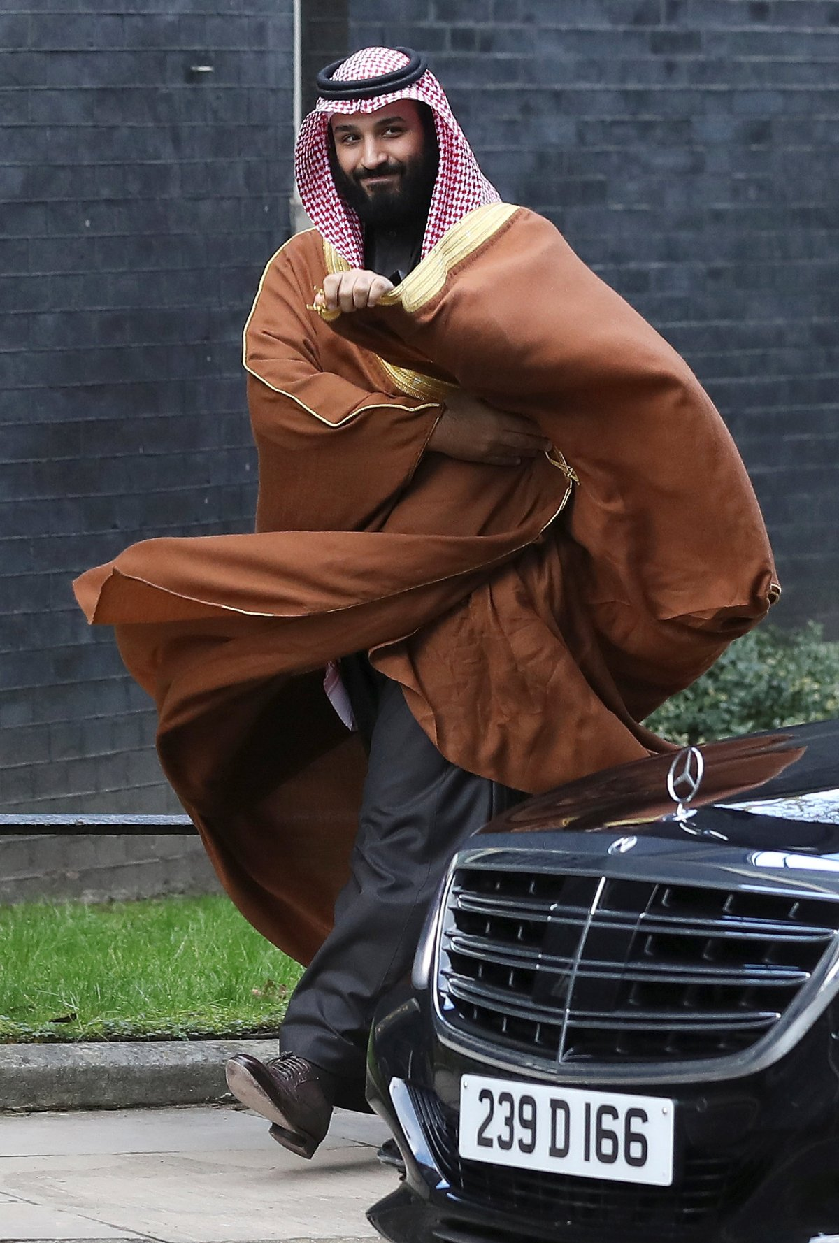 Mohammad bin Salman arrives in Downing Street, London, to meet Britain's Prime Minister, Theresa May, on March 7, 2018. Photo: Reuters / Simon Dawson