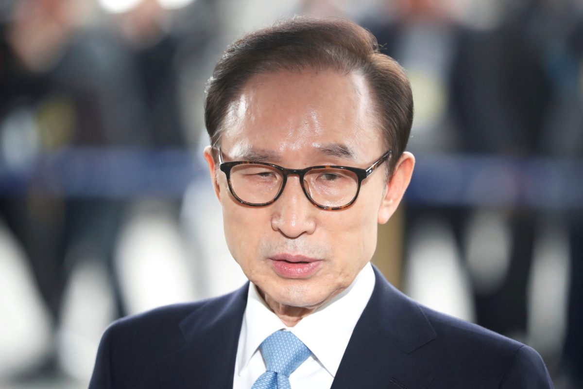 South Korea's former president, Lee Myung-bak, arrives at the prosecutors' office in Seoul, South Korea, on March 14, 2018.   Photo: Reuters / Kim Hong-Ji
