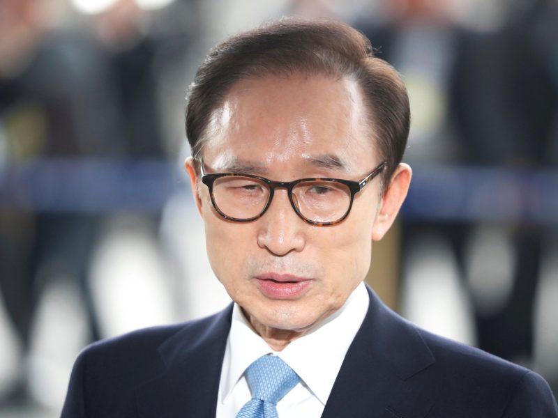 South Korea's former president, Lee Myung-bak, arrives at the prosecutors' office in Seoul, South Korea, on March 14, 2018.   Photo: Reuters / Kim Hong-Ji