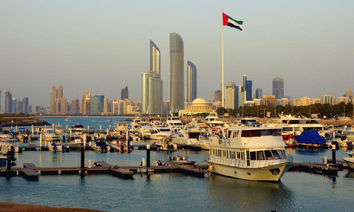 Abu Dhabi, capital of the United Arab Emirates. Photo: Wikimedia Commons, Raganesh