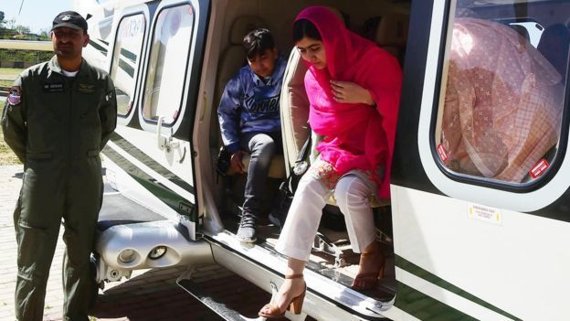 Malala Yousafzai arrives in the Swat Valley by helicopter on March 31, 2018. Photo: AFP