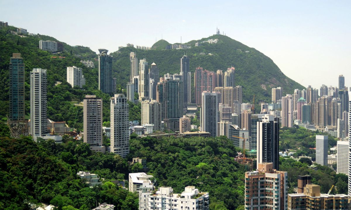 Mid-Levels, Hong Kong. Photo: Wikimedia Commons, Wpcpey