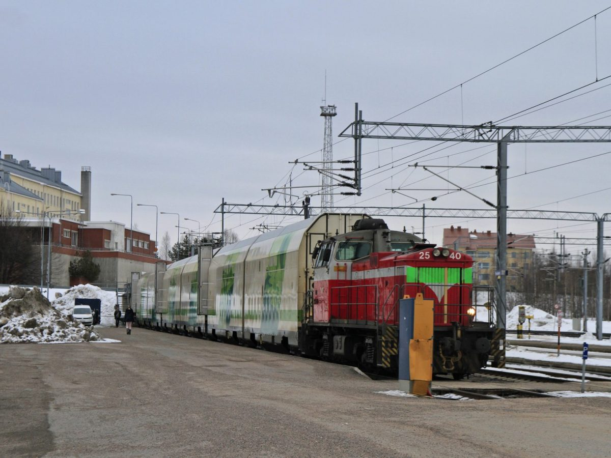 A passenger train at Rovaniemi's central station in Finland. Photo: iStock