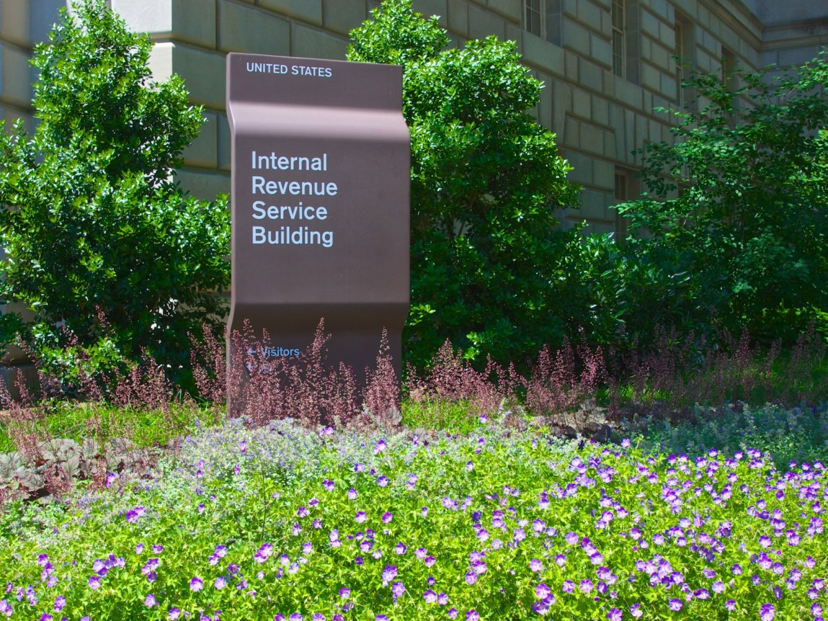 The IRS asked to examine 480,000 crypto trading accounts after only about 800 taxpayers claimed Bitcoin gains between 2013 and 2015. Image: CC0 Public Domain