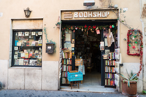 Rome: Book shop on a street in the historical center of Rome, Italy. Photo: iStock