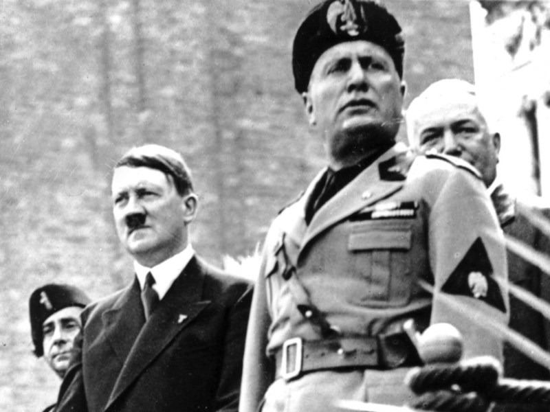 German fascist Hitler visits fellow fascist Mussolini in Venice, Italy in 1934. Photo: AFP Forum