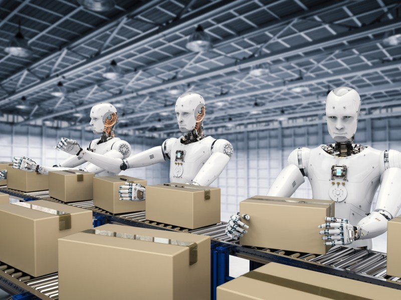 3d rendering robot working with carton boxes on conveyor belt. Photo: iStock