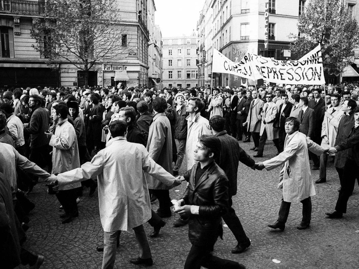 Rue de Rennes, Paris, on May 7, 1968: protests by Sorbonne students. Photo: Marc Garanger / Aurimages