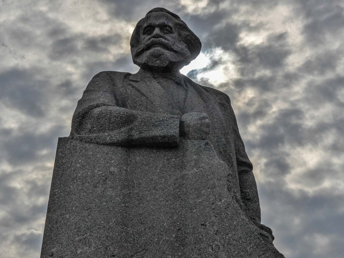 "Karl Marx Monument in Moscow, inscribed with the words ""Workers of the World Unite!"" Photo: iStock"