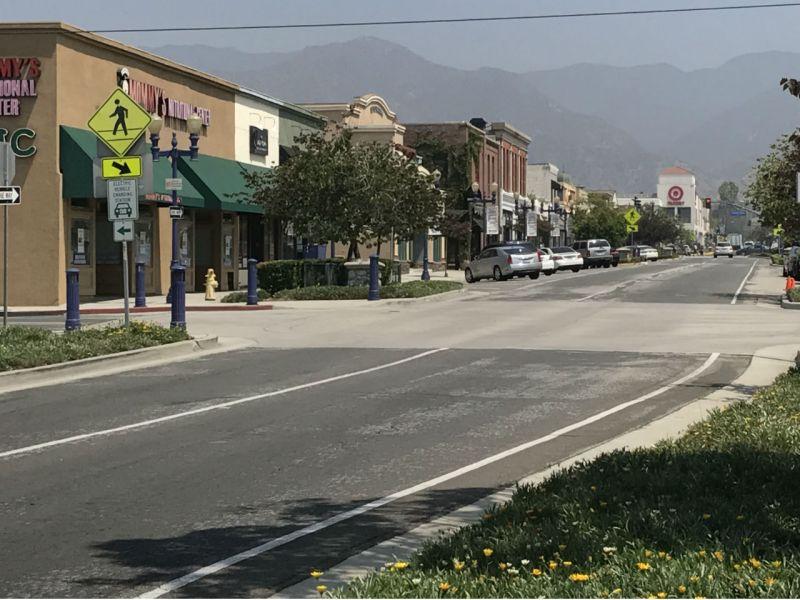 Azusa, California. Photo: Wikimedia Commons