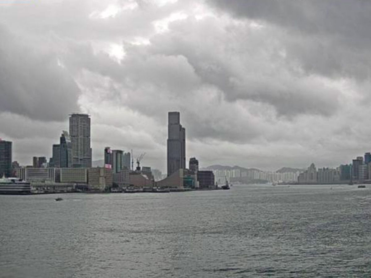 Storm clouds gather over Victoria Harbour in Hong Kong. Photo: The Observatory