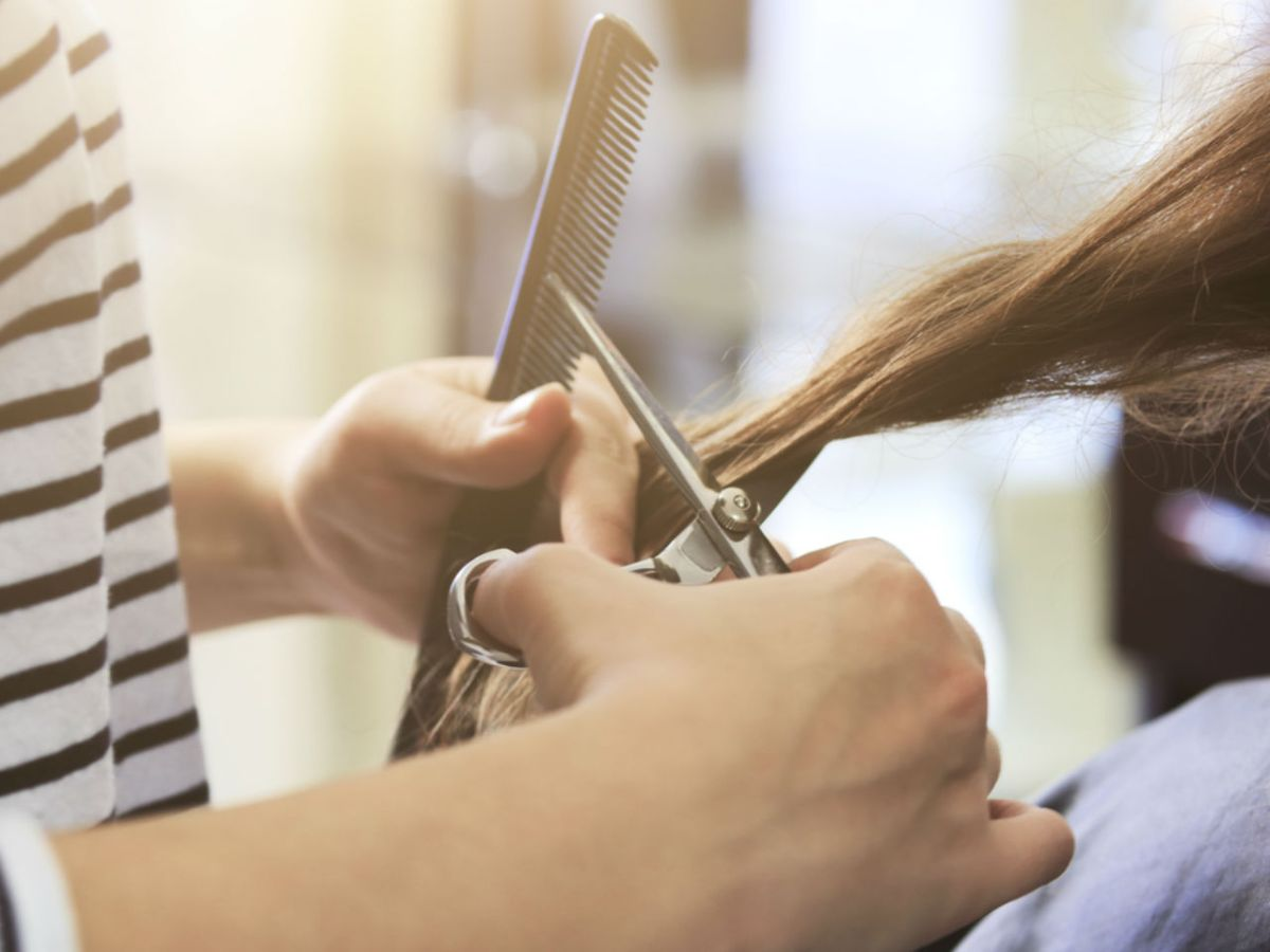 Women from South Asia are being trained to make hair accessories. Photo: iStockphoto