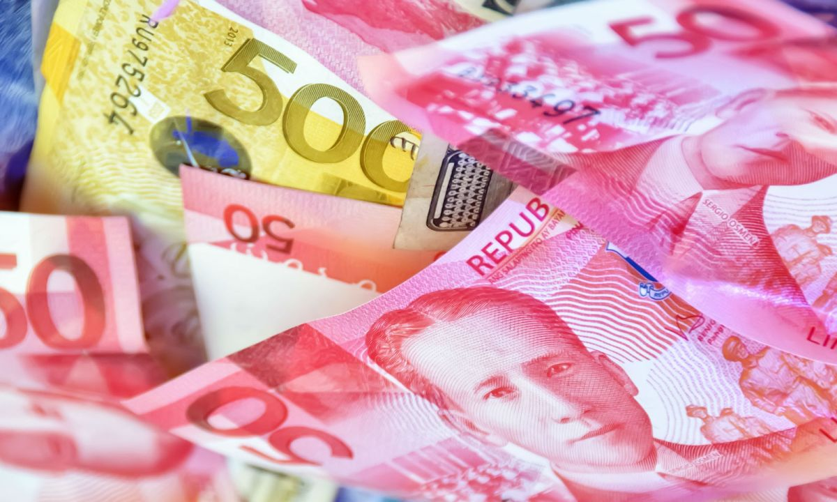 The Philippine peso is currently the worst performing currency in Asia. Photo: iStock