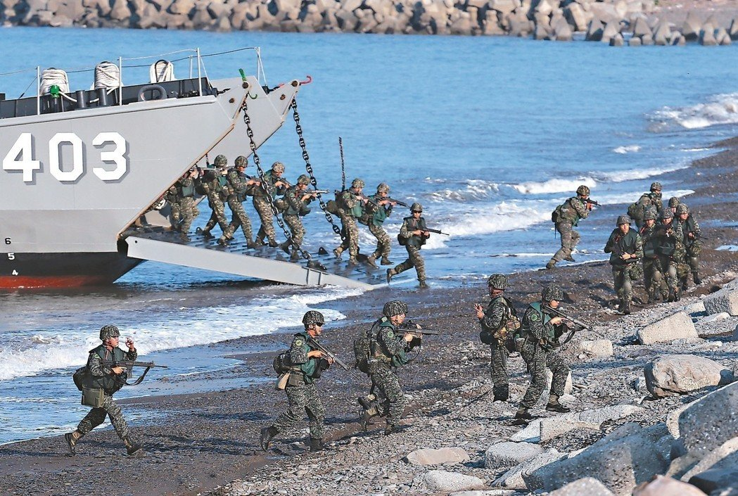 A file photo of a previous Han Kuang exercise shows troops in a landing operation. Photo: Defense Ministry of Taiwan