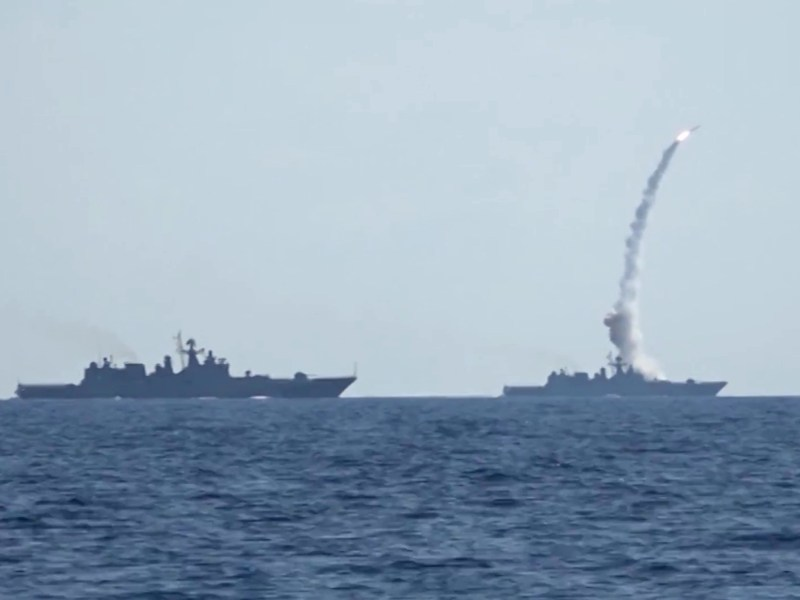 A Russian Navy vessel fires Kalibr cruise missiles at ISIS targets in Syria from the Mediterranean Sea. Photo: Russian Federation Ministry of Defense
