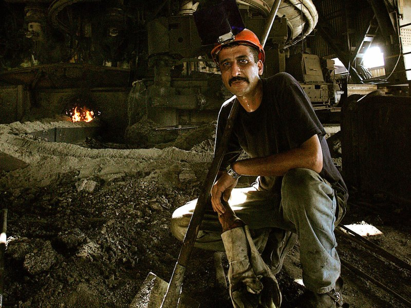 Steel workers in Turkey will be hit by the latest US tariffs. Photo: AFP / Tarik Tinazay