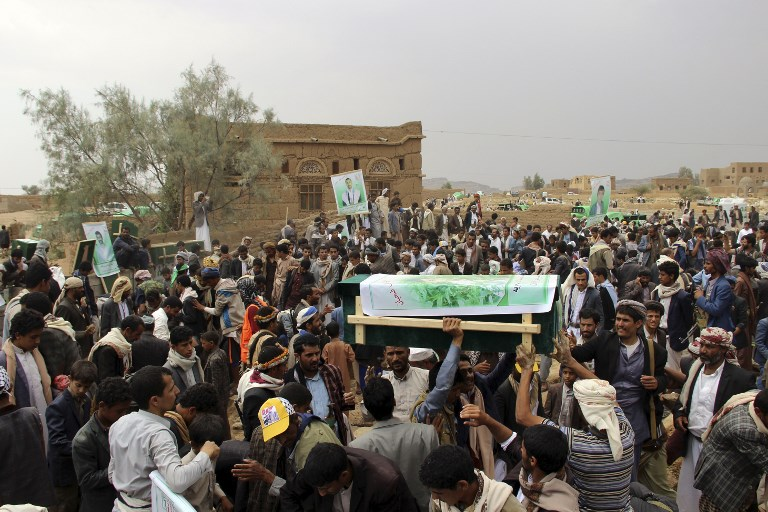 A mass funeral in the northern Yemeni city of Saada on August 13 for children killed in an air strike carried out by the Saudi-led coalition. Photo: AFP