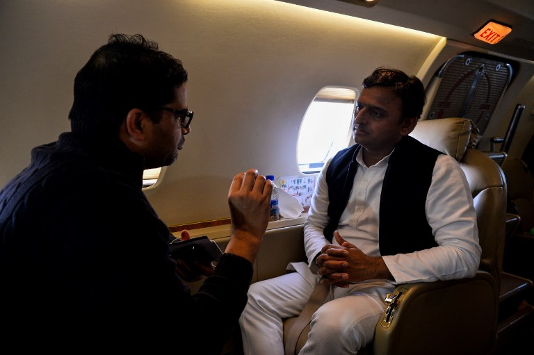 Political strategist Prashant Kishor (left) in a file photo with former Uttar Pradesh state Chief Minister Akhilesh Yadav. Photo: AFP /Chandan Khanna