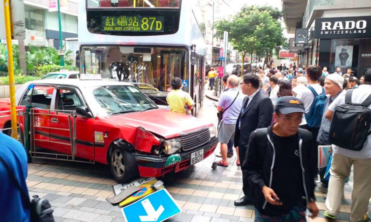 The accident scene at Tsim Sha Tsui, Kowloon Photo: Wayne Yim