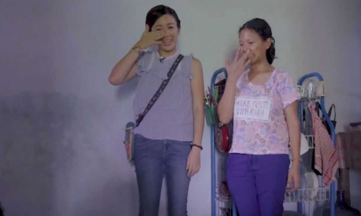 HK artist Leila Kong (left) and her Indonesian domestic worker Muji in Java, Indonesia Photo: Facebook, viuTV