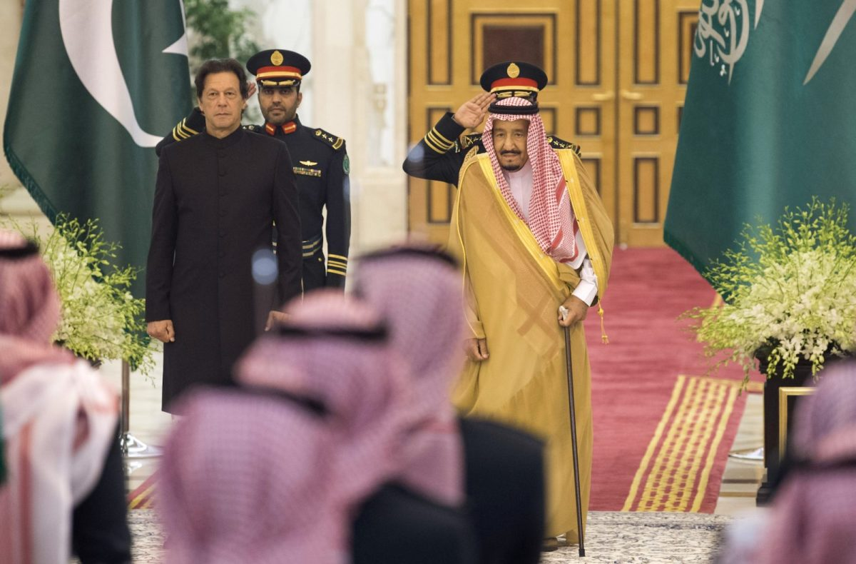 Saudi King Salman, right,  and Pakistani Prime Minister Imran Khan, left,  in Jeddah on September 19, 2018. Photo: Center for International Communication / AFP