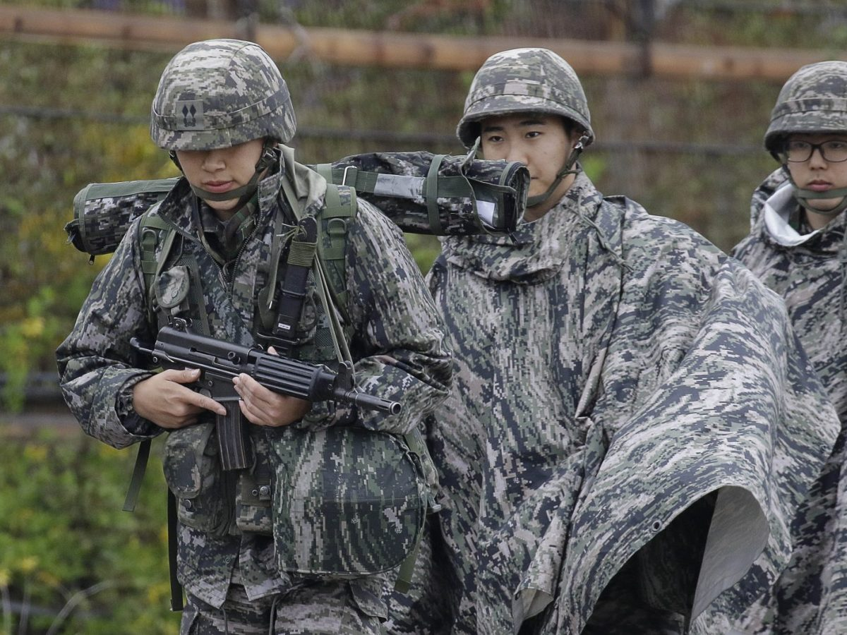 US and South Korean troops take part in joint military training exercises earlier this year. Photo: Seung-il Ryu / NurPhoto