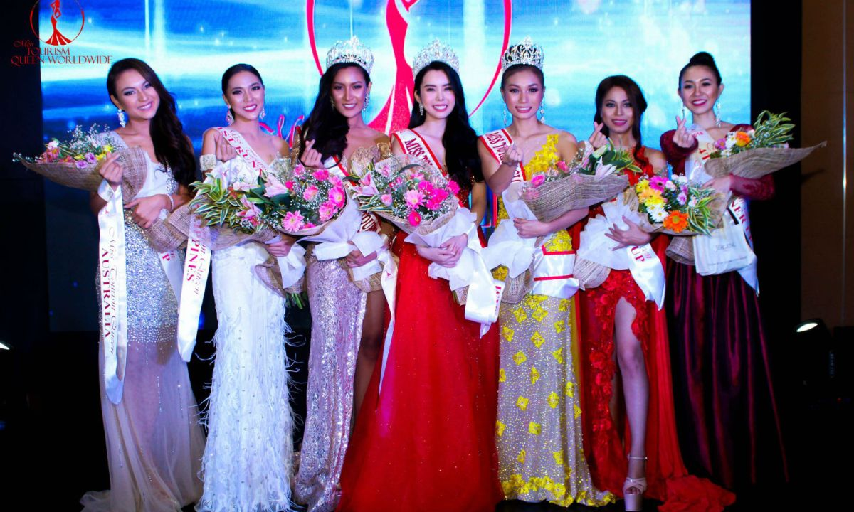 Vietnamese model and actress Huynh Vy (center) was crowned the first ever Miss Tourism Queen Worldwide. Photo: Facebook/ Miss Tourism Queen Worldwide
