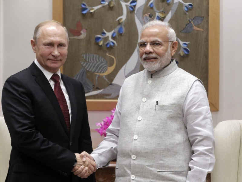 Russian President Vladimir Putin and Indian Prime Minister Narendra Modi meet in New Delhi on October 4, 2018. Photo: AFP/Sputnik/Mikhail Metzel