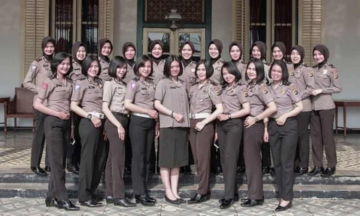 Indonesian female police recruits are subjected to unfair and invasive screenings. Photo: Instagram.