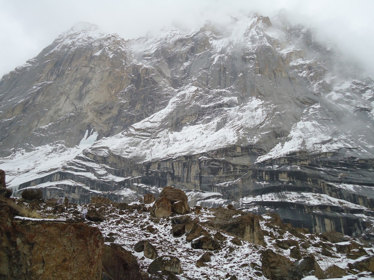 The Siachen glacier serves as the world's highest battlefield with Indian and Pakistani troops in a face off since 1984. Photo: Wikipedia