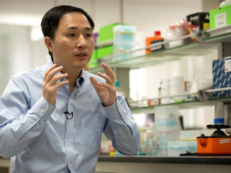 He Jiankui speaks about human gene-editing during an interview in a laboratory in the southern Chinese city of Shenzhen. Photo: Weibo via ImagineChina