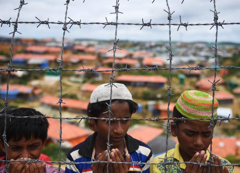 在孟加拉庫圖巴朗(Kutupalong)難民營的羅興亞難民。相片:AFP