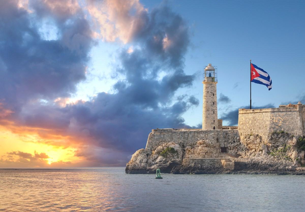 Faro Castillo del Morro is a lighthouse in Havana, Cuba. It was built in 1845 on the ramparts of the Castillo de los Tres Reyes Magos del Morro, an old fortress guarding the harbor of Havana. Photo: iStock