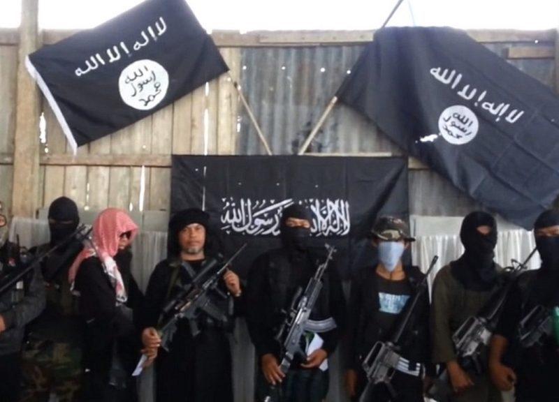 伊斯蘭國武裝分子在針對菲律賓的激進視頻中現身。相片:Youtube