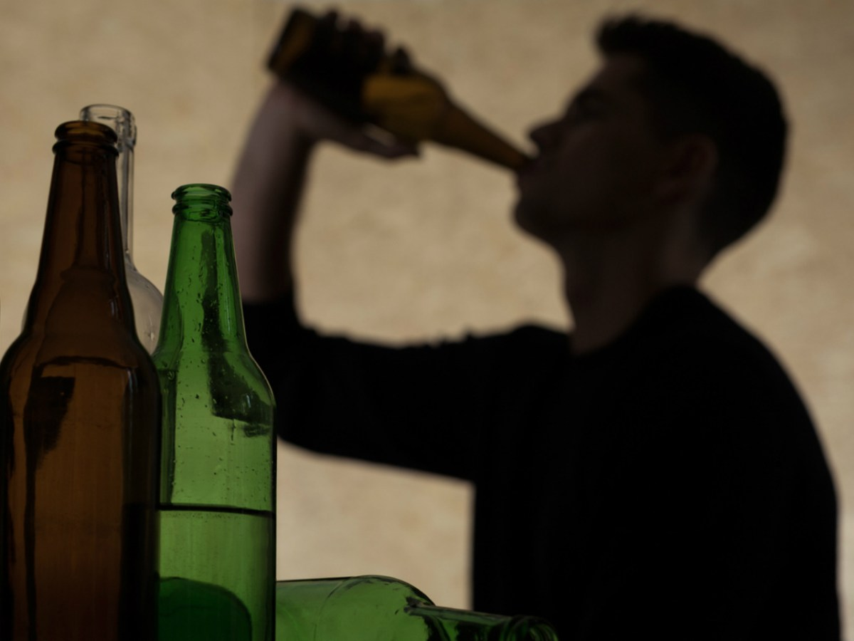 Up to 44% of boys between the eighth and 12th grades admitted they had consumed alcohol before they were 14 years old. Photo: iStock.
