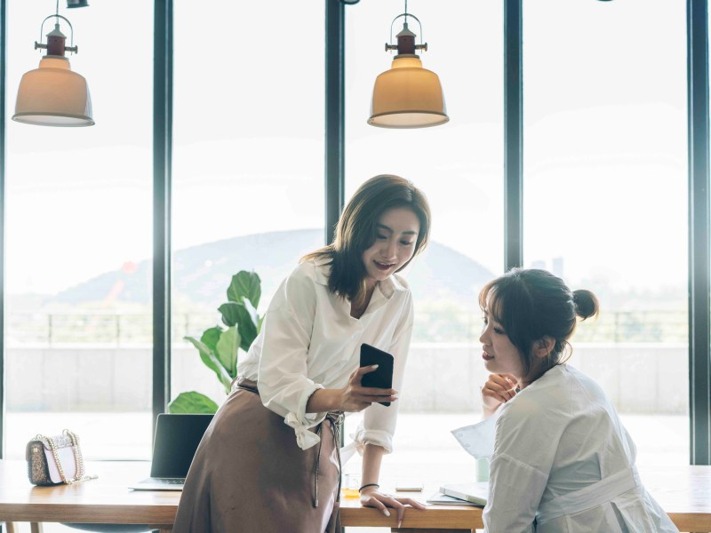 Wealthy Chinese are said to prefer Huawei smartphones more than iPhones. Photo: iStock