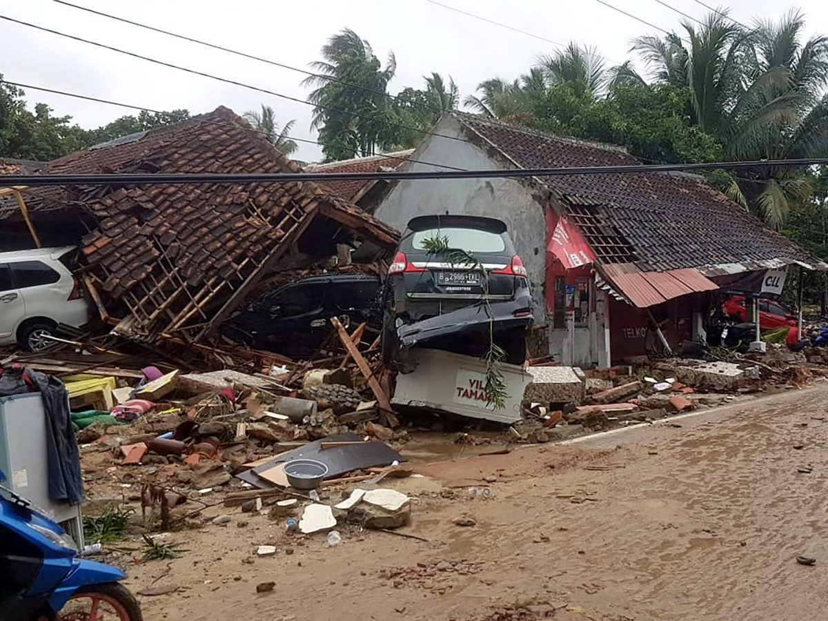 Damaged buildings and vehicles in Carita, after the area was hit by a tsunami following an eruption of the Anak Krakatoa volcano. Photo:  AFP / Indonesia Social Affairs Ministry