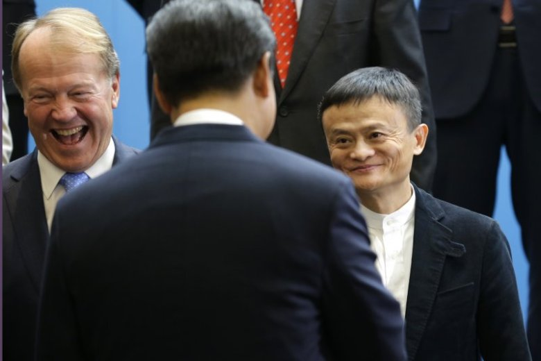 A 2015 file photo shows Xi Jinping shaking hands with Jack Ma during Xi's meeting with prominent Chinese and US entrepreneurs. Photo: AP