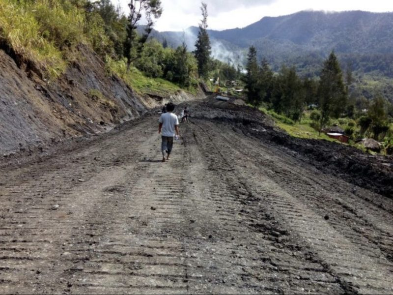 A section of the still under construction Trans-Papua Highway. Photo: Ministry of Public Works