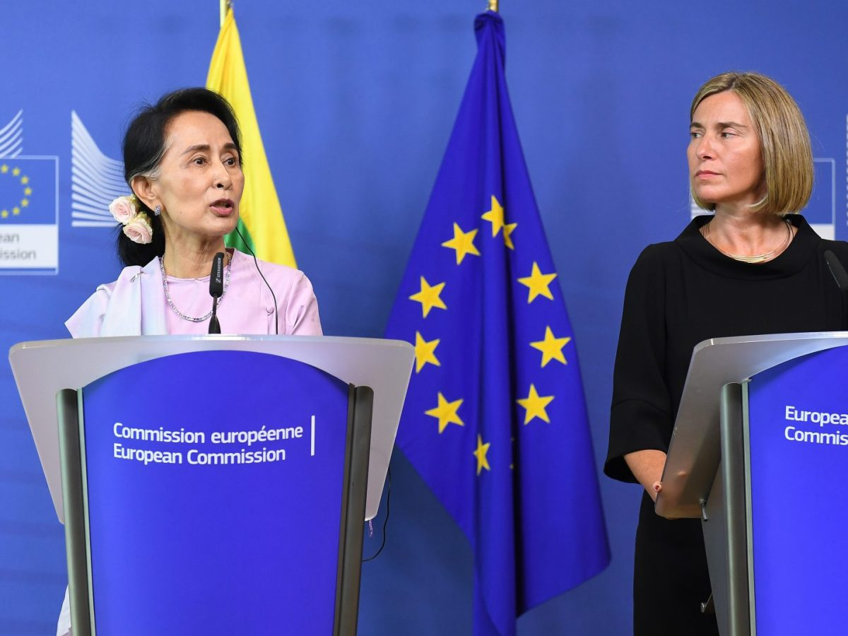 Myanmar's Aung San Suu Kyi (L) and European Commission foreign policy chief Federica Mogherini after a meeting at the European Commission in Brussels on May 2, 2017. Photo: AFP/Emmanuel Dunand
